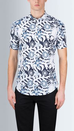 fd4a80134 Shaped Fit Short Sleeve Floral Pop Art Printed Cotton Shirt