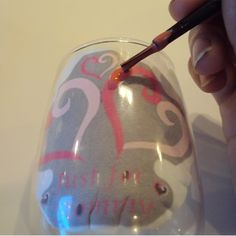 How to Paint Wine Glasses... what paint yo use, to which paint brushes... I gotta do this!