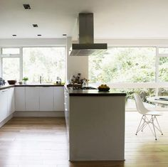 Kitchen layout would make a lot of sense for our space. simple colour and design. v spacious