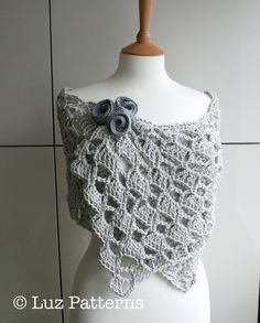 Crochet patterns, girl, women lace scarf/shrug, wrap pattern, scarf crochet pattern #crochetpattern #crochetshawl