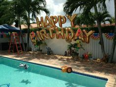 Swimming pool party balloon decoration, mylar balloon letters HAPPY BIRTHDAY www. Teen Pool Parties, Backyard Birthday Parties, Birthday Party For Teens, Summer Birthday, 10th Birthday, Pool Party For Kids, Teenage Pool Party, Swimming Party Ideas, Cake Birthday