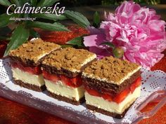 Calineczka Polish Desserts, Polish Recipes, Cookie Desserts, Sweet Recipes, Cake Recipes, Dessert Recipes, Yummy Treats, Delicious Desserts, Paleo Banana Muffins