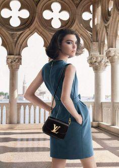 L'invitation au voyage de Louis Vuitton continue avec Arizona Muse & David Bowie ! - http://s.shr.lc/1fAETOx