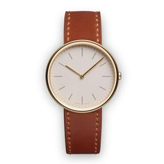 Like Uniform Wares' other watches, the women's M35 has a numberless dial and is protected by a scratch resistant sapphire lens. #watches #design