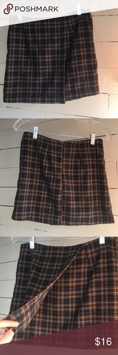 Brandy Melville Plaid Mini Skirt Cute plaid mini skirt from brandy Melville. Never worn! One size fits all. John Galt. Brandy Melville Skirts Mini