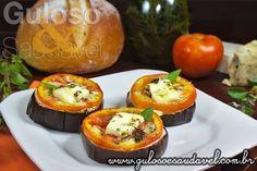 Como #lanche, aperitivo ou entrada... Esta deliciosa Bruschetta de Berinjela é rápida, mega fácil de fazer e super leve!  #Receita aqui: http://www.gulosoesaudavel.com.br/2012/12/17/bruschetta-berinjela/