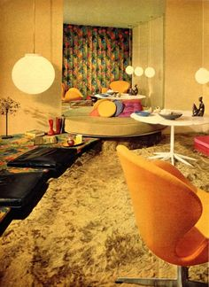 Wow - i want this room. Image from the fab Kitschy Living blog: http://kitschyliving.tumblr.com/