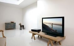 tv-room-design-with-simple-and-clean-design-590×368