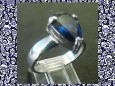 anillos de compromiso en forma de corona en puebla México https://www.webselitemx.com/anillos-de-compromiso-puebla/ y matrimoniales