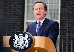 Dirigir un país no es tarea fácil, pero un buen día ese trabajo termina. Ya sea por unas nuevas elecciones o debido a una dimisión, lo cierto es que a todos los líderes del mundo les llega el momento en que tienen que buscar otra manera de emplear su tiempo. Comenzamos con la noticia de que David Cameron ha encontrado un nuevo empleo, después de abandonar el número 10 de Downing Street, y te desvelamos qué han hecho algunos de los líderes más famosos del mundo después de dejar su cargo……
