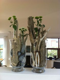 Deko / drivtømmer – Britta Hellesøe – Dekorationer – Home Decoration Wood Trellis, Deco Floral, Driftwood Art, Flower Crafts, Flower Decorations, Floral Arrangements, Woodworking Projects, Fall Decor, Diy And Crafts
