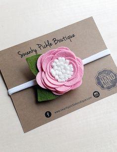 Diadema rosa Rosa Blanca Rosa en cinta de por SwankyPickleBoutique