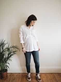 MY PREGNANCY WARDROBE (with non Maternity Clothes)   Hannah and The Blog. #maternitystyle #pregnancystyle #ootd #pregnancy #pregnantfashion #maternityfashion #maternitystyle #pregnancystyle