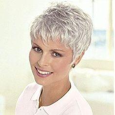 pixie Haarschnitt 48 stunning short pixie haircut ideas that will change in 2019 # Short Hair Over 60, Short Hairstyles Over 50, Short Hair Older Women, Haircut For Older Women, Haircuts For Fine Hair, Very Short Hair, Short Pixie Haircuts, Short Hair With Layers, Short Hairstyles For Women