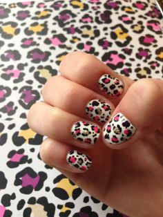 Colorful cheetah nail art to match the inside of my Vera Bradley planner!!