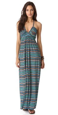 pretty maxi dress for date nights