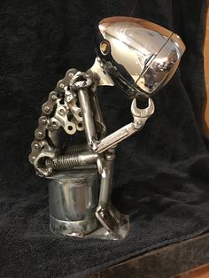 Know What You Are Welding – Metal Welding Welding Art Projects, Metal Art Projects, Metal Sculpture Artists, Steel Sculpture, Art Sculptures, Metal Welding, Welding Gear, Miller Welding Helmet, Metalarte