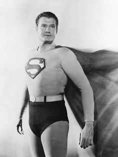 Superman is one of the most widely known superheroes around. While the man in the suit may have changed over time, the Superman costume has remained the same. Here are some of the notable actors who have worn the suit. Photo Vintage, Vintage Tv, Vintage Diner, Vintage Photos, Lois Lane, Clark Kent, Andre Luis, Superman Symbol, Superman Poster