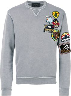 Patch Detail Sweatshirt In 860 Grey Dope Fashion, Fashion Today, Mens Fashion, Fashion Outfits, Modern Man, Dsquared2, Patches, Tees, Sweatshirts