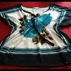 Very pretty shirt XL Comfortable and soft nice shirt Tops Blouses