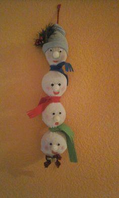 Nachgearbeitet aus dem Netz Christmas Ornaments, Holiday Decor, Home Decor, Mesh, Tutorials, Decoration Home, Room Decor, Christmas Jewelry, Christmas Baubles