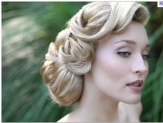 Option for bridesmaid hair- I love  vintage hairstyles!