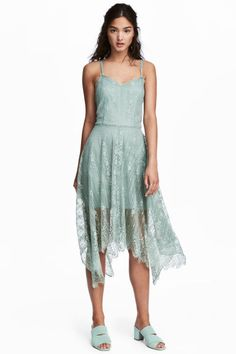 Knee-length lace dress - Dusky green - Ladies   H&M GB 1