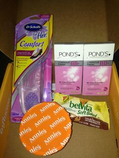 Received my #MamaVoxBox from Influenster.  I'm loving ALL these products so far. My kids loved the Annies Mac n Cheese and I loved the belVita SoftBaked breakfast bar/cookie. I'm inserted the Dr. Scholl's in some flats and they feel GREAT!  The Pond's BB+ cream is awesome -light, great coverage, and includes sun protection. Can you ask for anything more?