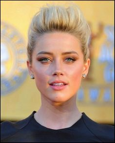 Amber Heard - SAG Awards 2012 Red Carpet: Photo Amber Heard looks lovely on the red carpet at the 2012 Screen Actors Guild Awards held at the Shrine Auditorium on Sunday (January in Los Angeles. Amber Heard Sexy, Amber Heard Makeup, Most Beautiful Faces, Beautiful Eyes, Amber Herd, Actrices Sexy, Celebs, Celebrities, Woman Face