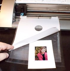 Silhouette School: Trick to Silhouette Cutting Photos Perfectly (Even Without PixScan)