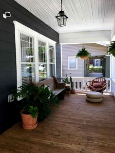 craftsman style home porch. craftsman style home porch. - Love the old world charm of. Craftsman Bungalow Exterior, Craftsman Porch, Modern Craftsman, Craftsman Style Homes, Craftsman Bungalows, Craftsman Houses, Craftsman Style Decor, Craftsman Style Interiors, Craftsman Windows