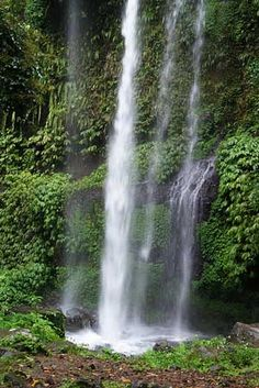 Sendang Gile Waterfalls, Senaru, Rinjani, Lombok, Indonesia    Travel Guide to Lombok and Gili Islands    http://allindonesiatravel.com/