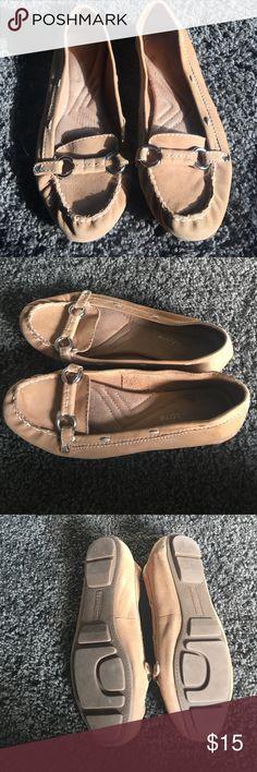 Liz Claiborne size 7 1/2M Good condition Liz Claiborne Shoes Flats & Loafers