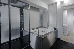 Bathroom - Ikonos Design Rome - Project Giammetta Architects _ Photo by Luigi Filetici