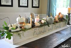 31 DIY Simple and Rustic Wooden Box Centerpiece Idea Planter Box Centerpiece, Fall Table Centerpieces, Thanksgiving Centerpieces, Decoration Table, Centerpiece Ideas, Diy Deco Halloween, Fall Halloween, Rustic Wooden Box, Thanksgiving Traditions