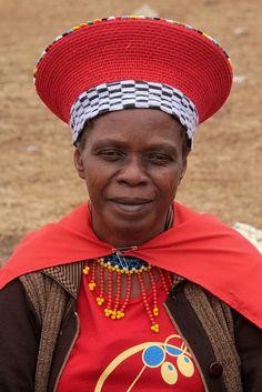 Immigration to South Africa Zulu Wedding, Zulu Women, Les Religions, Kwazulu Natal, Portraits, African Tribes, Out Of Africa, Clothing And Textile, We Are The World