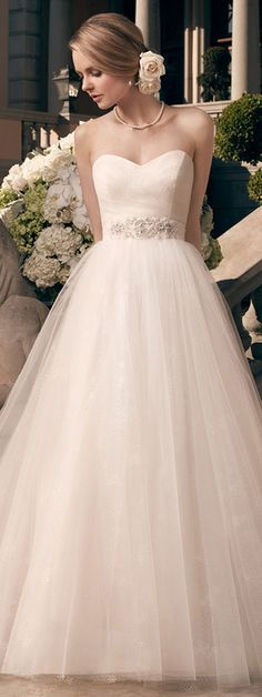 Casablanca Bridal Fall 2014 | bellethemagazine.com