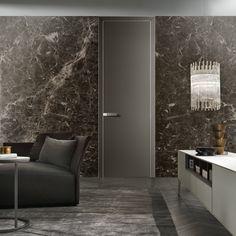 porta Luxor battente con pannello e stipite in vetro laccato opaco grigio ombra.