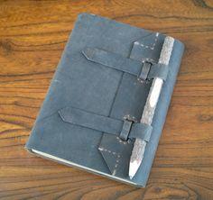 Gazzetta di mano cucita pelle grigio rustico con di HGbookart