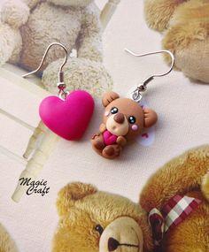 Peluche oso oso con corazón pendientes en arcilla de polímero