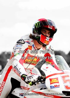 Marco Simoncelli, wow how i loved this guys competitiveness. I miss you!!!