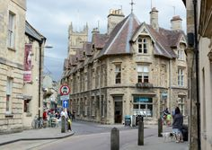 The Cotswold market town of Cirencester is renowned for having a wealth of history and heritage dating back as far as the Roman Empire. We've assembled a brief guide to help you make the most of this wonderful location.