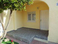 Entra de mi Casita con un precioso jardincillo  Nice little Garden!  Buy my house! This House! http://compramicasita.blogspot.com.es/