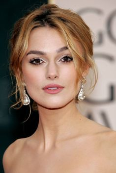 Keira Knightley Dangling Diamond Earrings