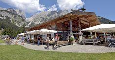 Wochenbrunner Alm - Ellmau Tirol Austria; Ausgangspunkt zur Gruttenhütte