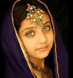Afghan girl.  How I wish I could travel the world; all people from everywhere can be beautiful!