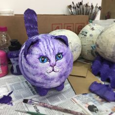 Animal art projects for kids paper mache Ideas Paper Mache Crafts For Kids, Paper Mache Diy, Paper Mache Projects, Making Paper Mache, Paper Mache Sculpture, Animal Crafts For Kids, Mascara Papel Mache, Chat 3d, Paper Mache Animals