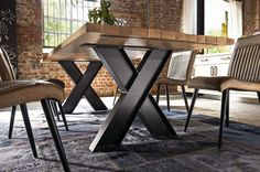 If you have always been looking for a new way to design your office, an industrial-style table design with friendly furniture has something for you. These days, everyone is looking for a new style … Industrial Table, Rustic Table, Industrial Furniture, Wood Table, Iron Furniture, Steel Furniture, Furniture Design, Dinning Room Tables, Metal Table Legs