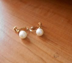 Vintage Faux Pearl Clip On Screw Earrings by VintageVarietyFinds on Etsy