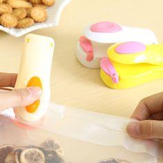 Household Mini Snacks Plastic Bag Sealer Machine Portable Travel Hand Pressure Heating Head Sealing Machine Kitchen Accessories